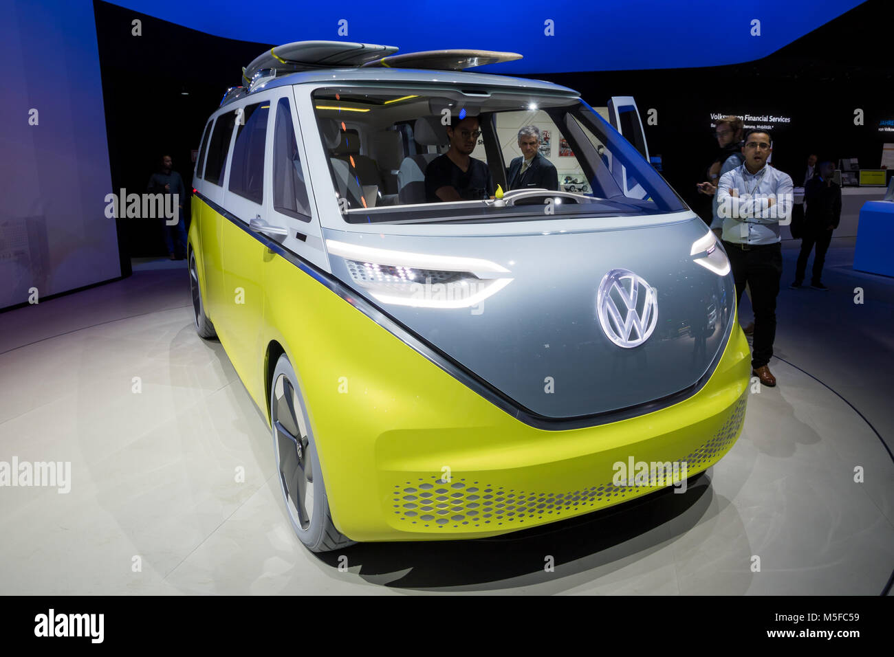 Yellow vw campervan stock photos yellow vw campervan for Credit auto garage volkswagen