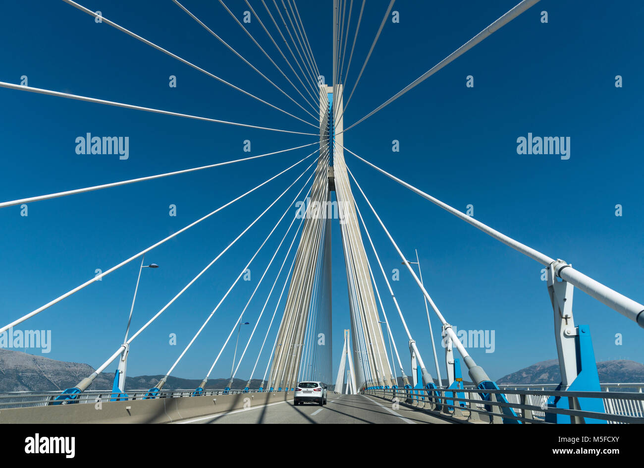 The Rio - Antirrio bridge, near Patras, linking the Peloponnese with mainland Greece across the Gulf of Korinth. - Stock Image