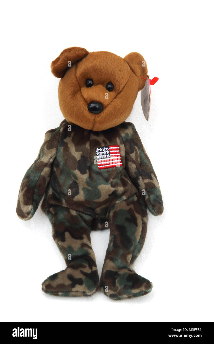 a99b150ea24 TY Hero The USO Military Bear with United States Flag On Chest Beanie Baby