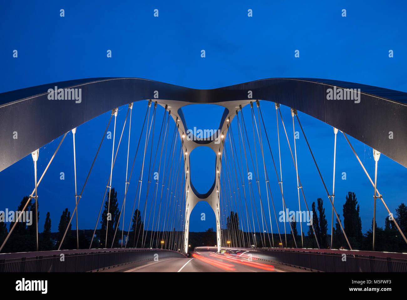 Osthhafenbrücke, Frankfurt, Hessen, Deutschland, Europa - Stock Image