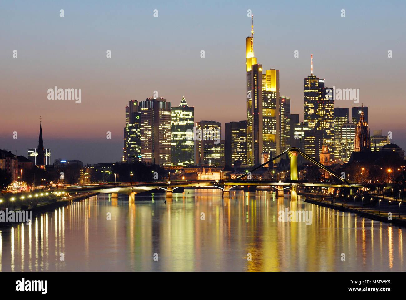 Skyline vom Main, Frankfurt, Hessen, Deutschland, Europa - Stock Image