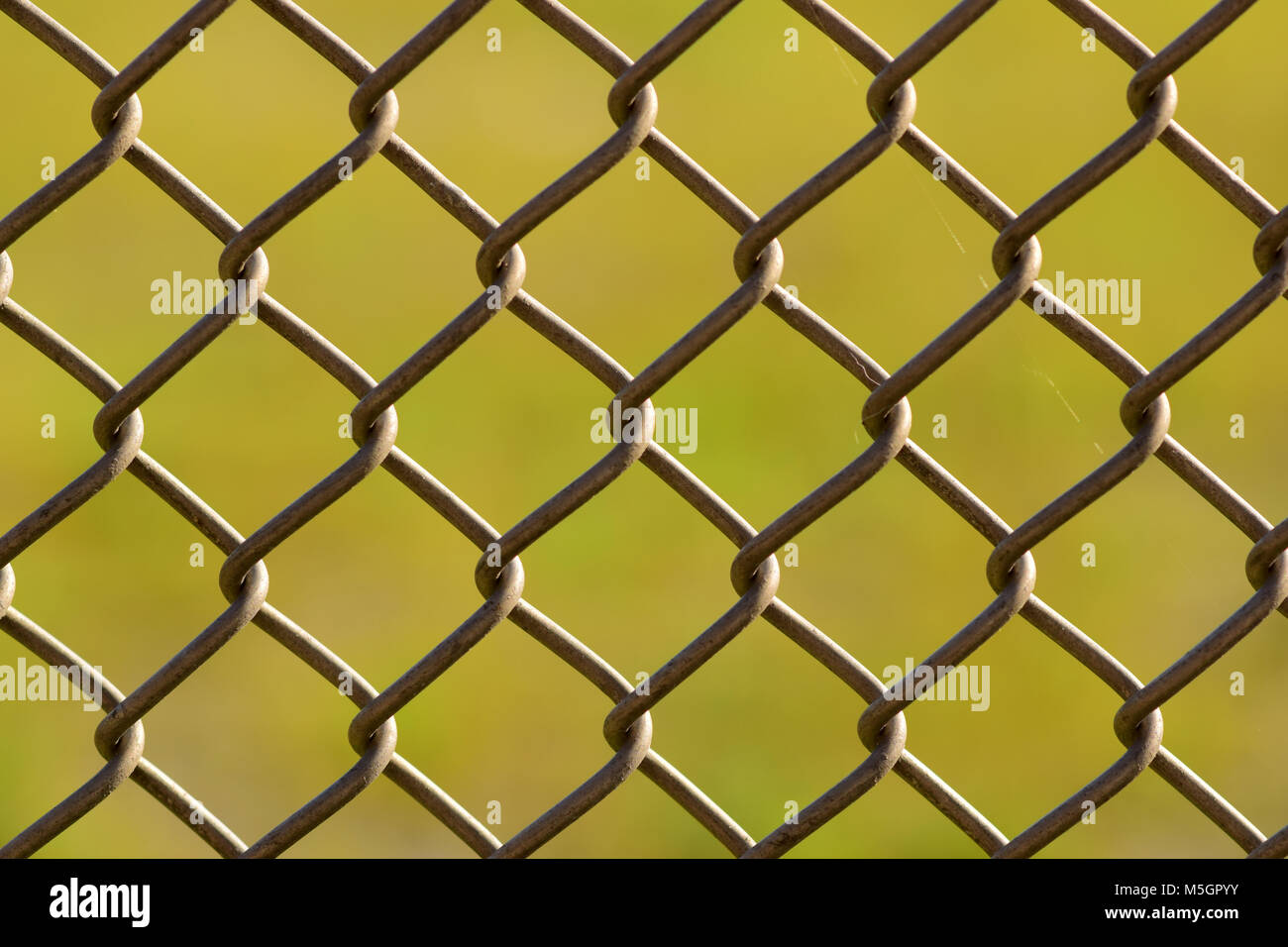 Metal Chain Link Fence Stock Photos & Metal Chain Link Fence Stock ...