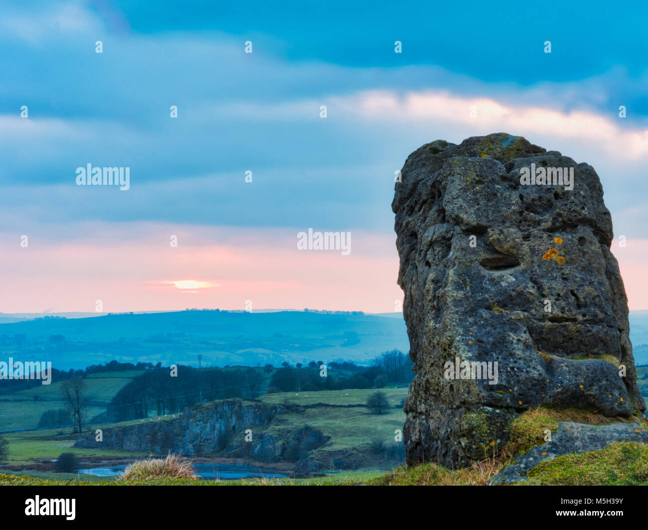 Harborough Rocks, Derbyshire. 23rd Feb, 2018. UK Weather sunset at Harborough Rocks near Brassington & the High - Stock Image
