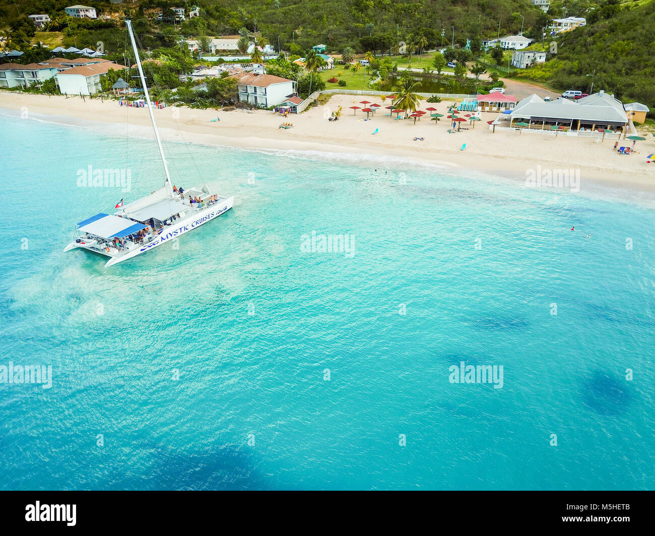 Mystic Cruises tourist Catamaran, Turner's Restaurant, Turner's Beach, Picarts Bay, Antigua - Stock Image