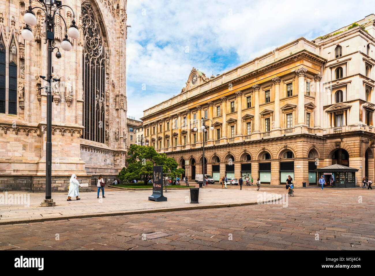 Italy, Milan, view to Piazza del Duomo with part of Milan Cathedral - Stock Image
