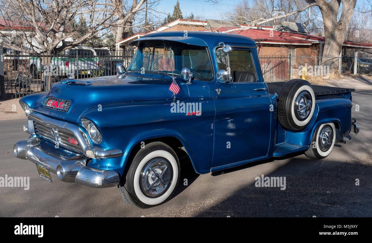 General Motors Truck Vintage Stock Photos & General Motors Truck ...