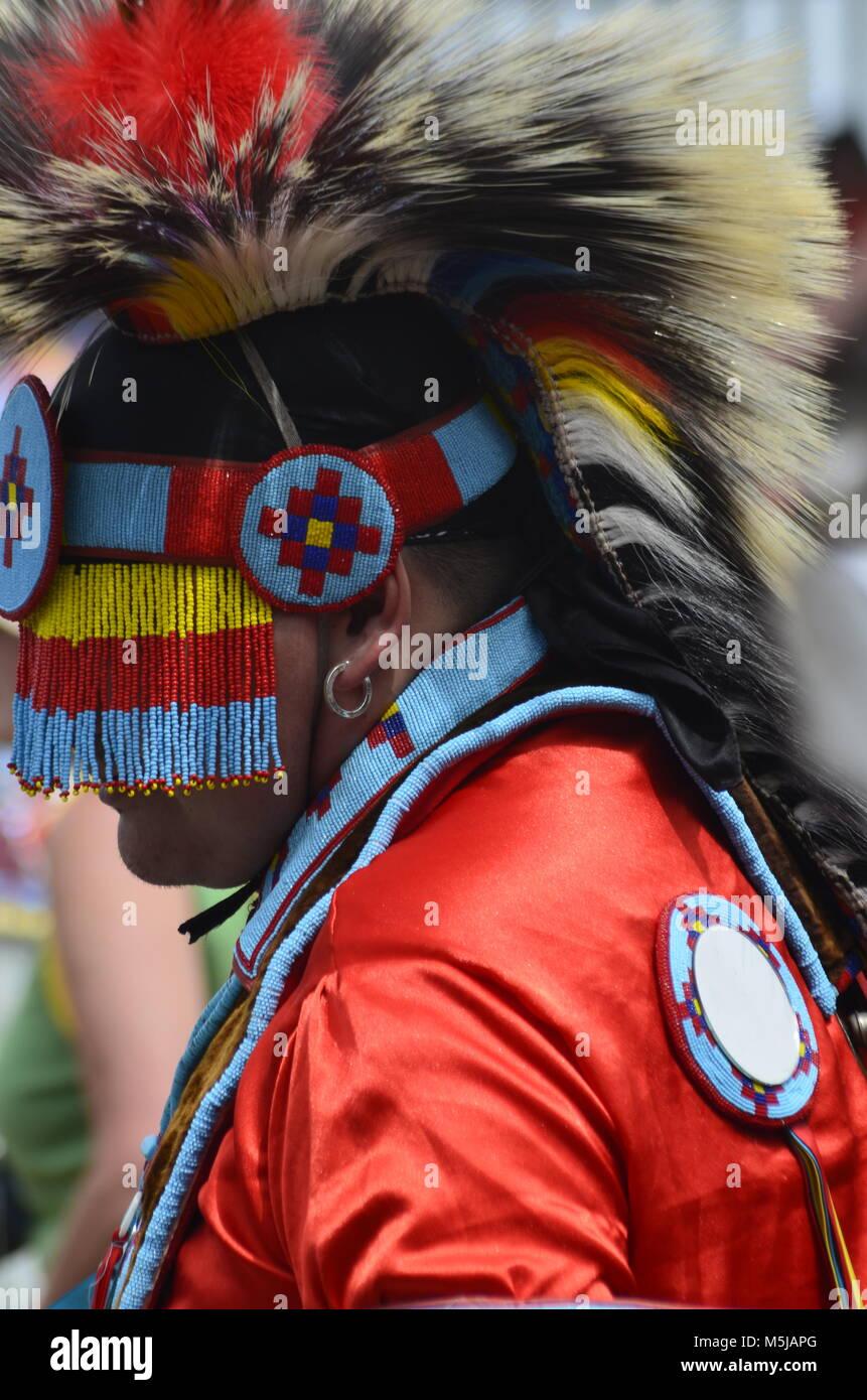 Aboriginal Headdress Stock Photos Amp Aboriginal Headdress