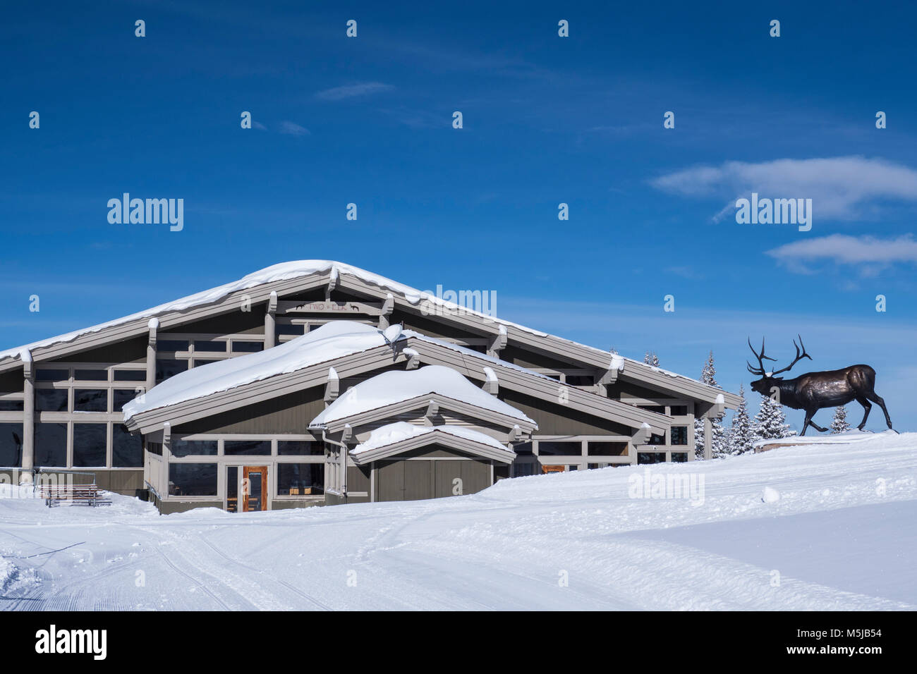 Two Elk day lodge and restaurant, winter, Vail Ski Resort, Vail, Colorado. - Stock Image