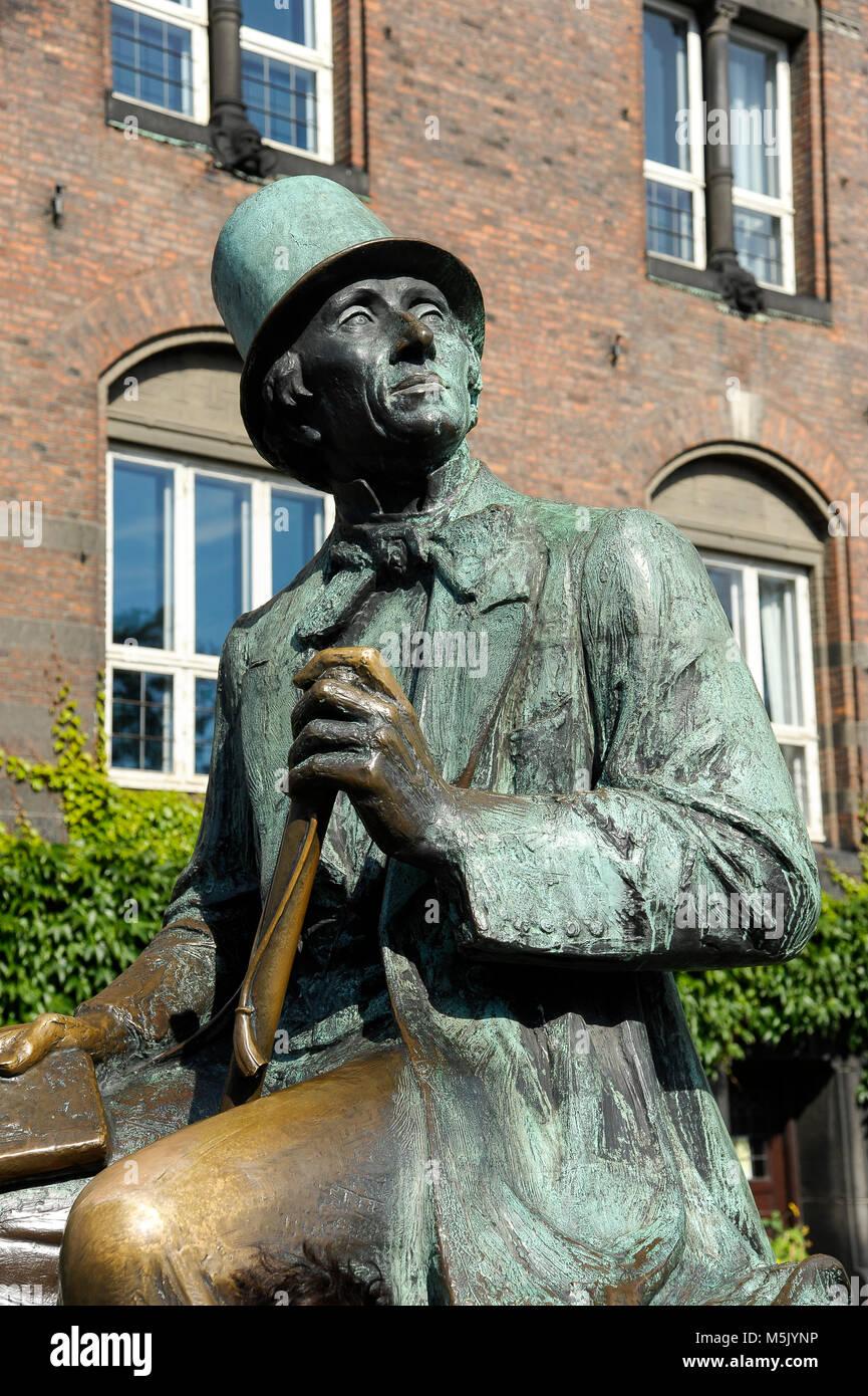 Monument to Hans Christian Andersen from 1965 by Henry Luckow Nielsen on HC Andersens Boulevard) in Copenhagen, - Stock Image