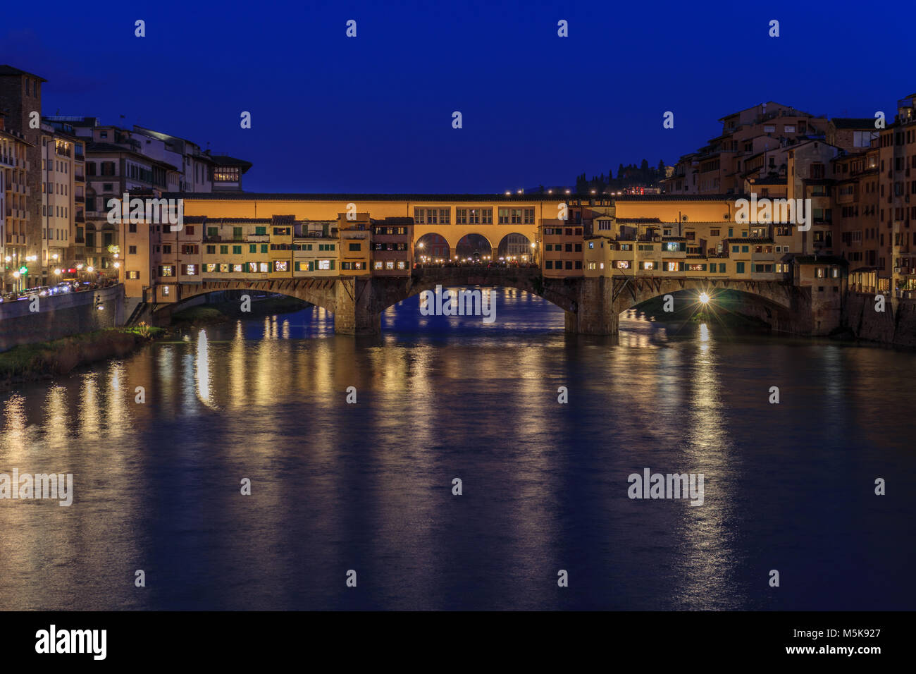 Ponte Vecchio at night (Florence) - Stock Image