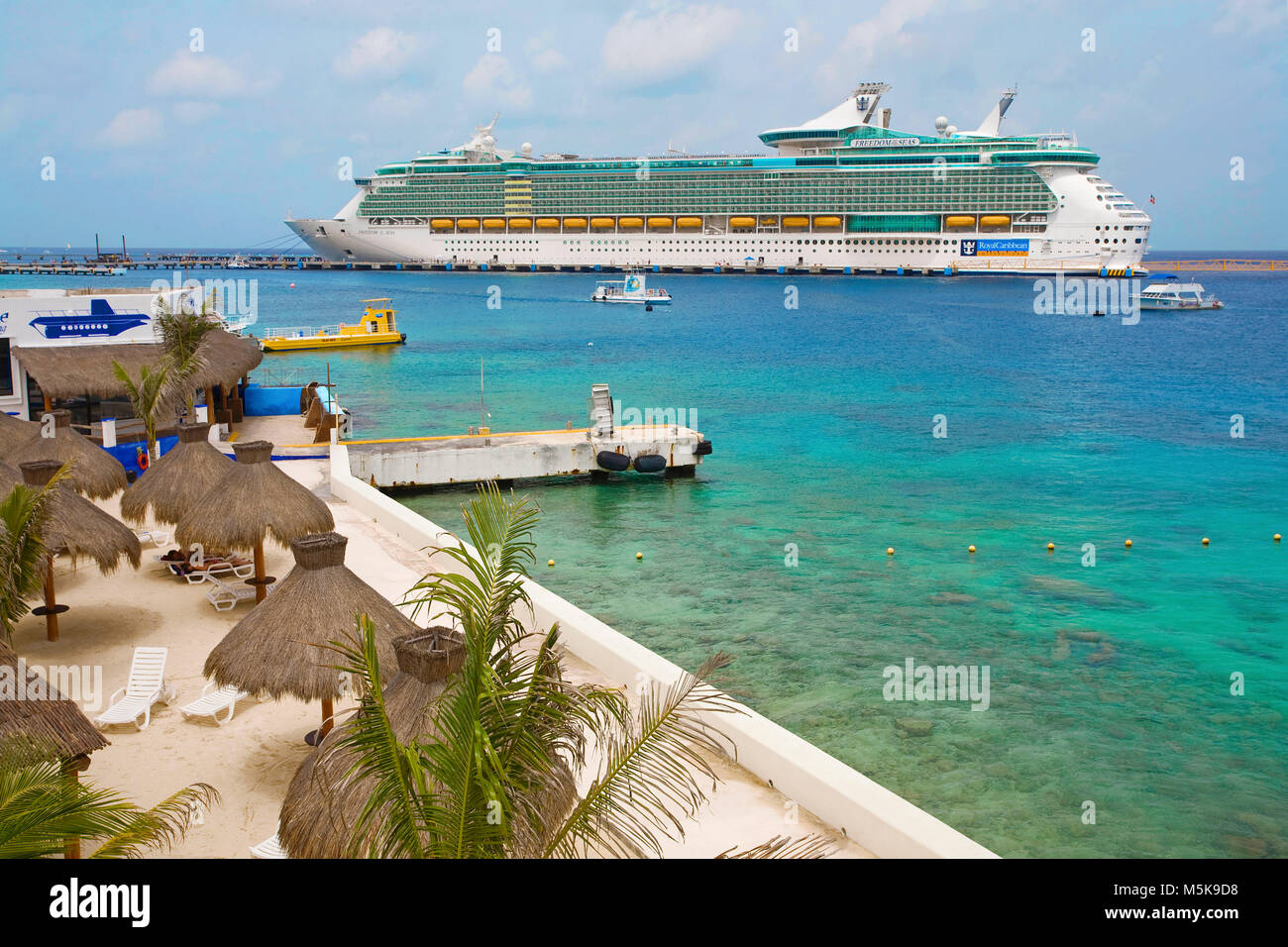 Cruise liner 'Freedom of the seas' at San Miguel, Cozumel, Mexico, Caribbean - Stock Image