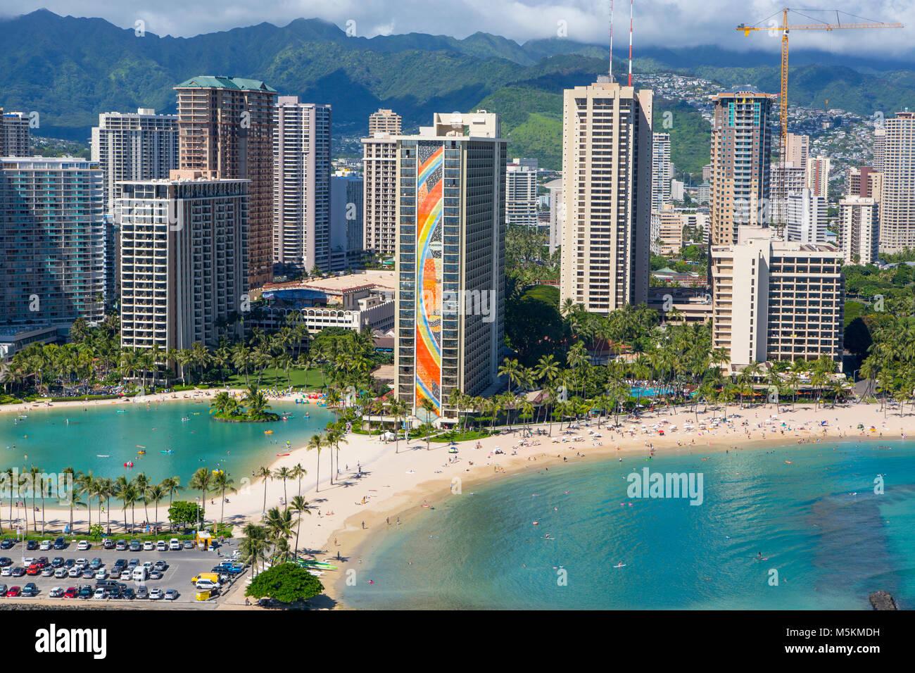 Hilton Hawaiian Village Waikiki Beach Photo Gallery: Hilton Hawaiian Village Stock Photos & Hilton Hawaiian