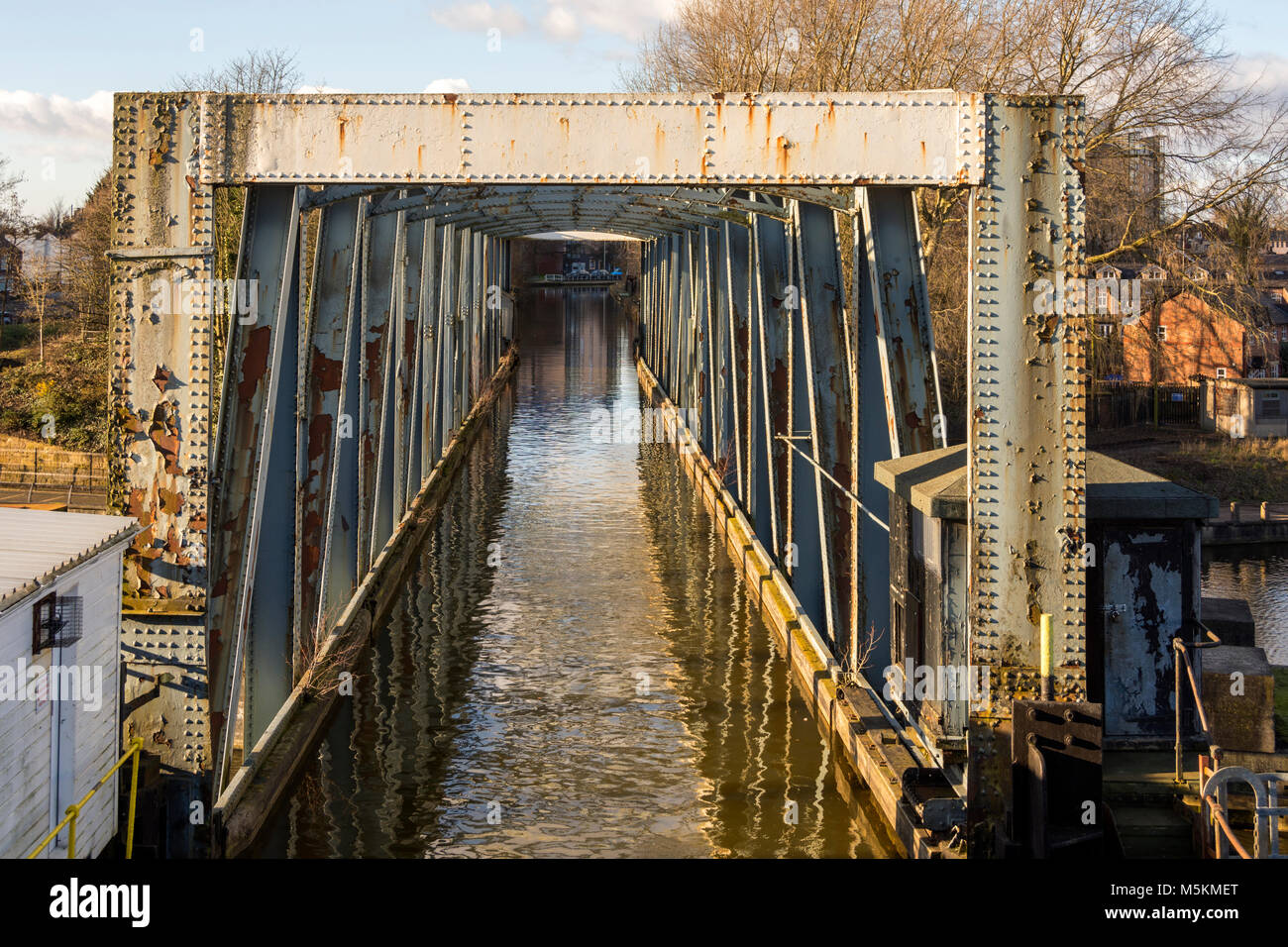 Barton Swing Aqueduct (1894) which carries the Bridgewater Canal over the Manchester Ship Canal at Barton-upon-Irwell, - Stock Image