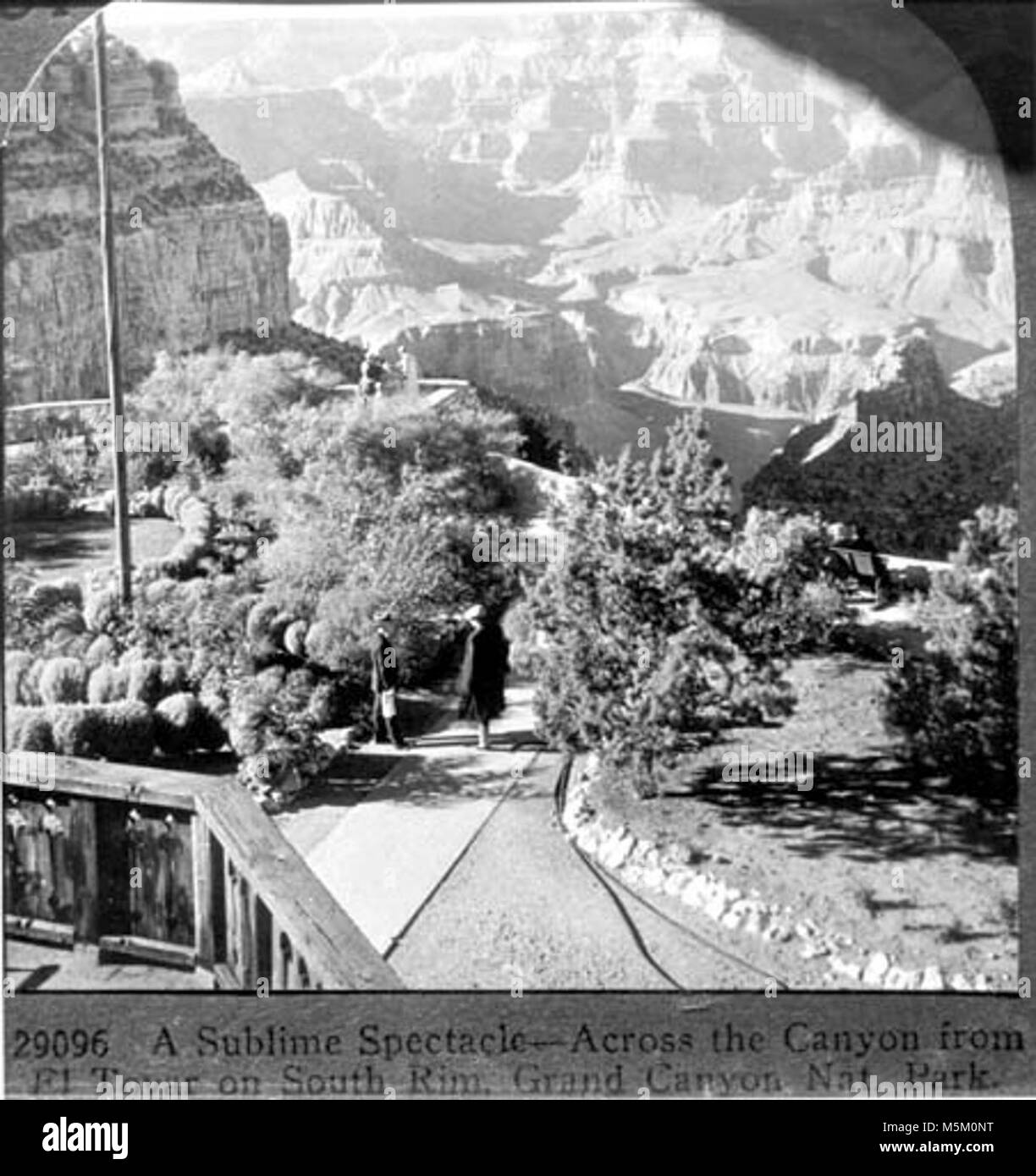 Grand Canyon Historic El Tovar Hotel . LOOKING FROM THE SECOND FLOOR BALCONY OF THE EL TOVAR HOTEL DOWN PAST THE - Stock Image