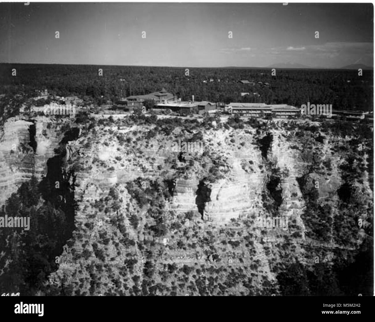 Grand Canyon Historic Hopi House Aerial  . Aerial view, includes el tovar, hopi house, verkamps.  On kaibab limestone - Stock Image