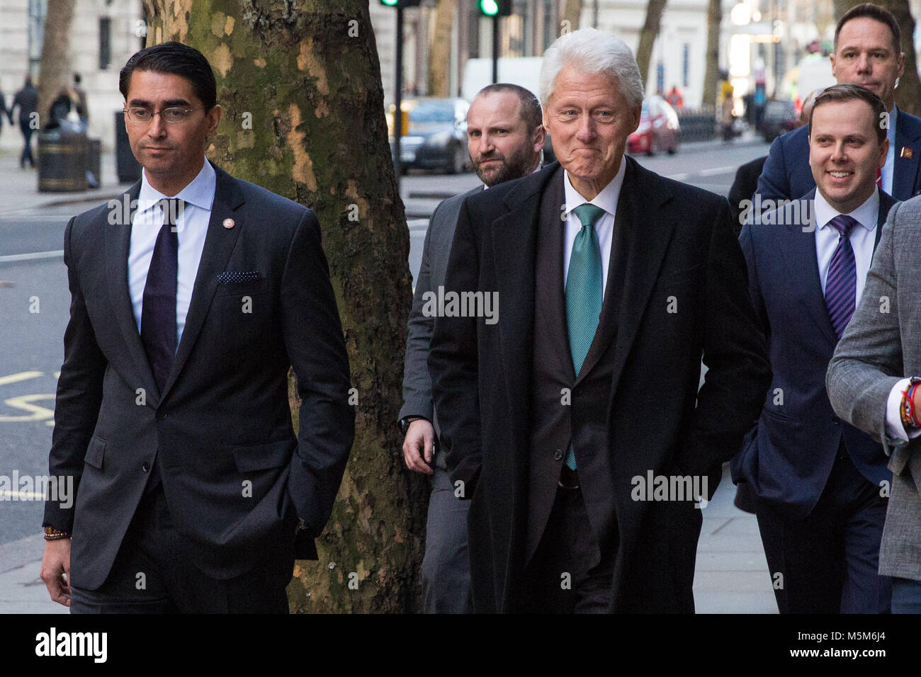 London, UK. 24th February, 2018. Bill Clinton, former President of the United States, arrives to deliver a keynote - Stock Image