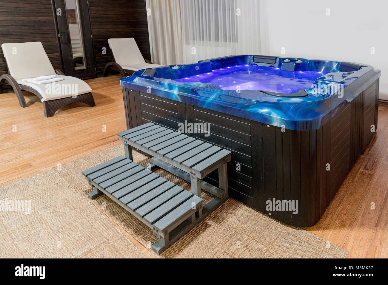 Hot Tub Outside Stock Photos & Hot Tub Outside Stock Images - Page 3 ...