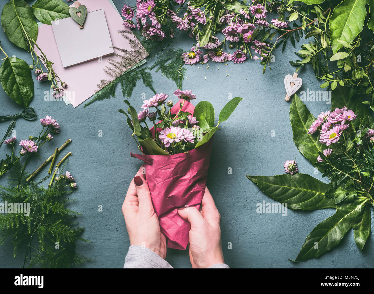Female Florist Wrapping Flower Bouquet Stock Photos Female Florist