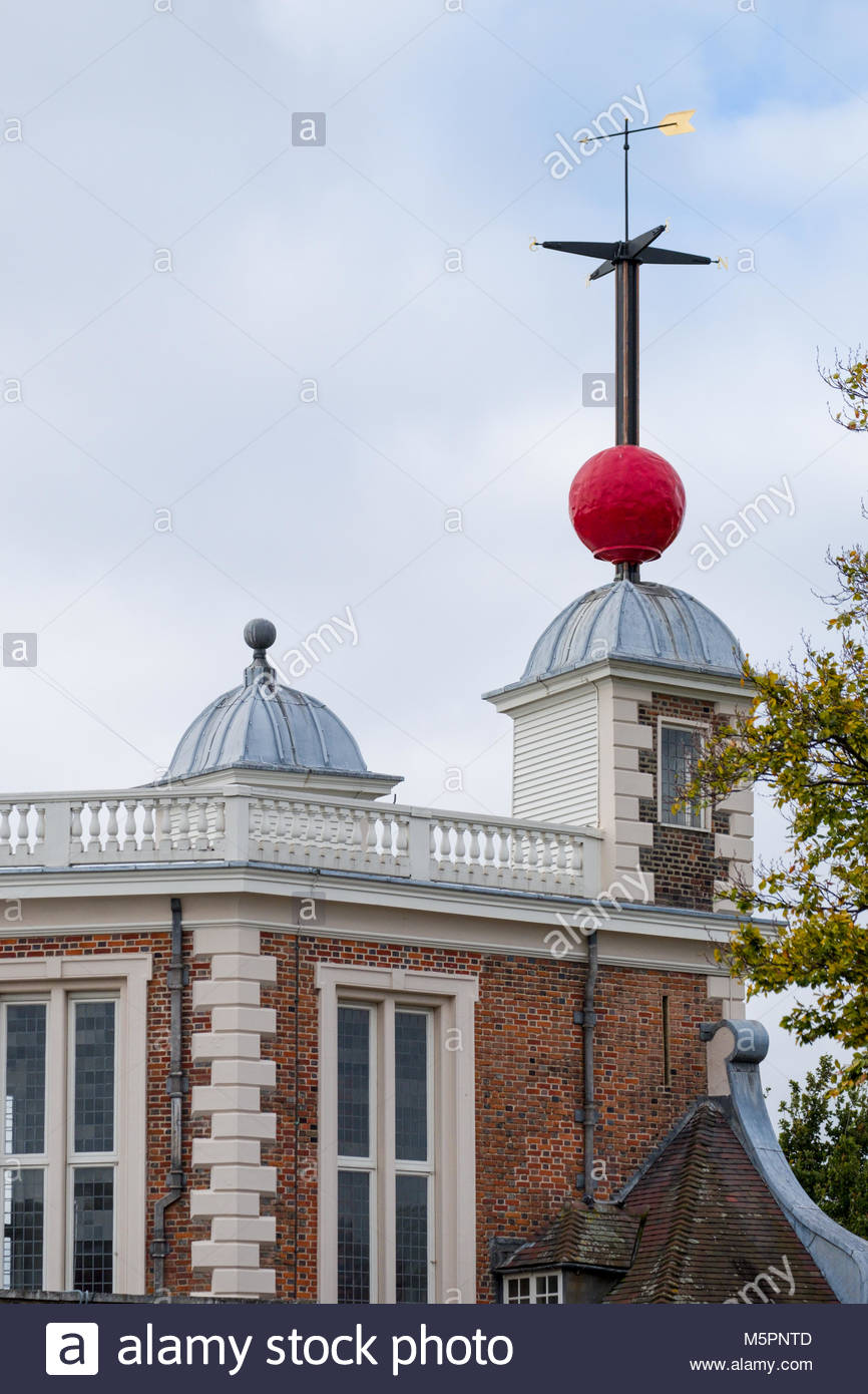 Time ball atop the Octagon Room enable navigators aboard ships offshore to verify the setting of their marine chronometers, - Stock Image