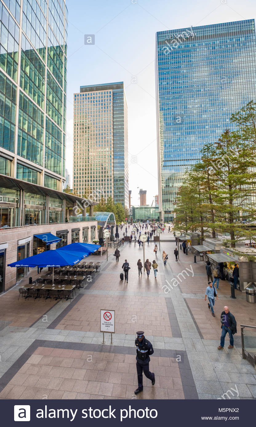 Six Public Clocks by Konstantin Grcic in Reuters Plaza, Canary Wharf, Tower Hamlets, London, England, United Kingdom - Stock Image