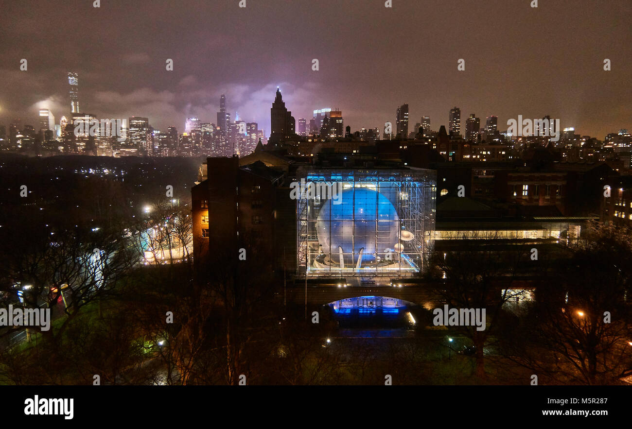 Natural History museum New York at night - Stock Image