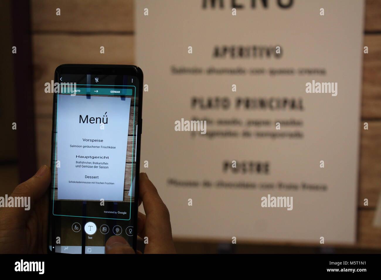 20 February 2018, England, London: The Bixby app can be seen