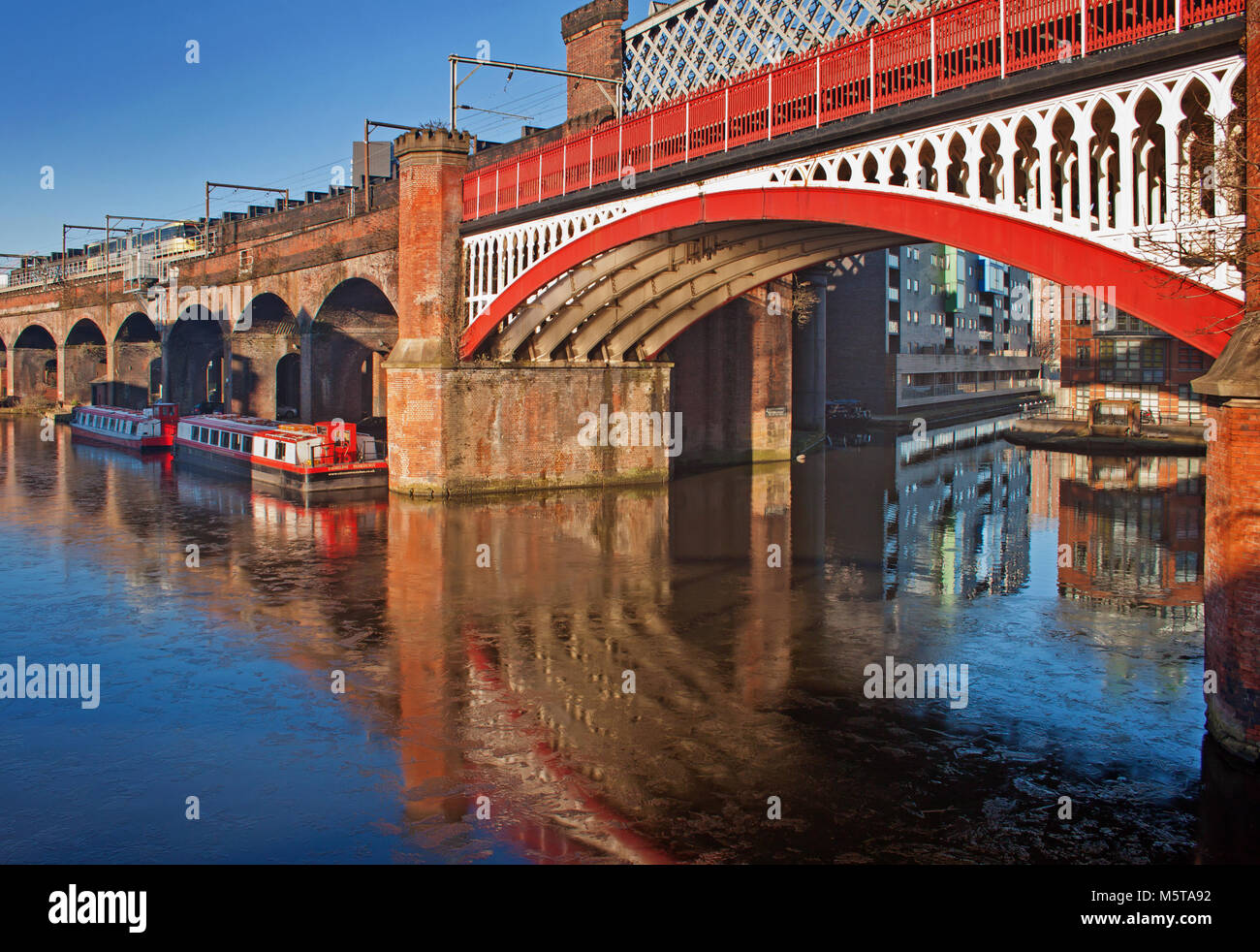 Colourful canal basin at Castlefield - Stock Image