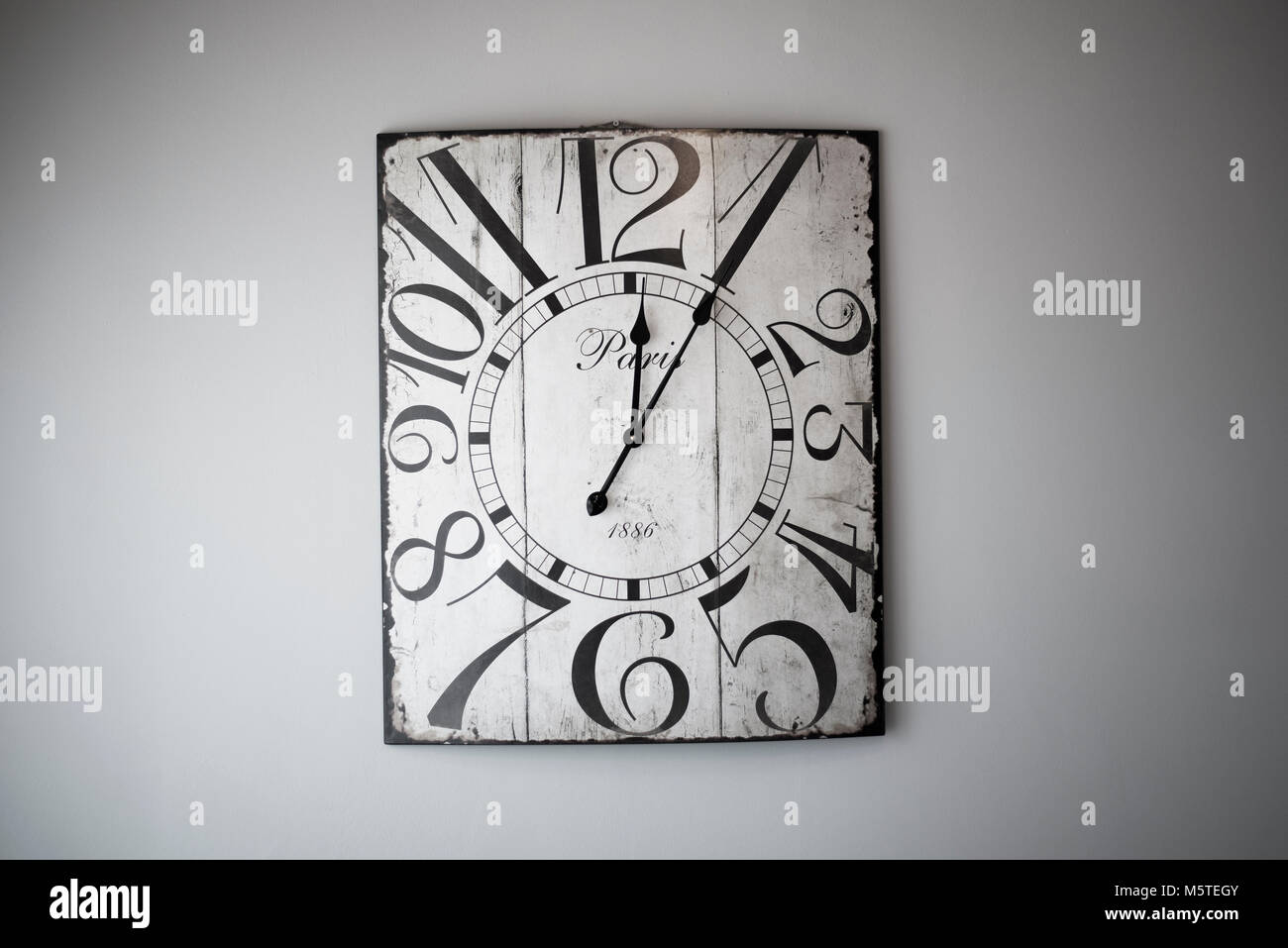 Wooden Wall Clock Stock Photos & Wooden Wall Clock Stock