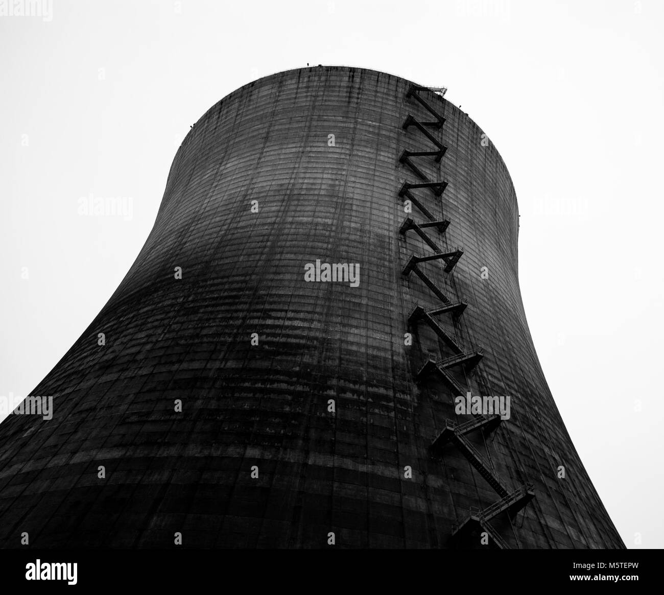 Nuclear reactor cooling tower taken in black and white - Stock Image