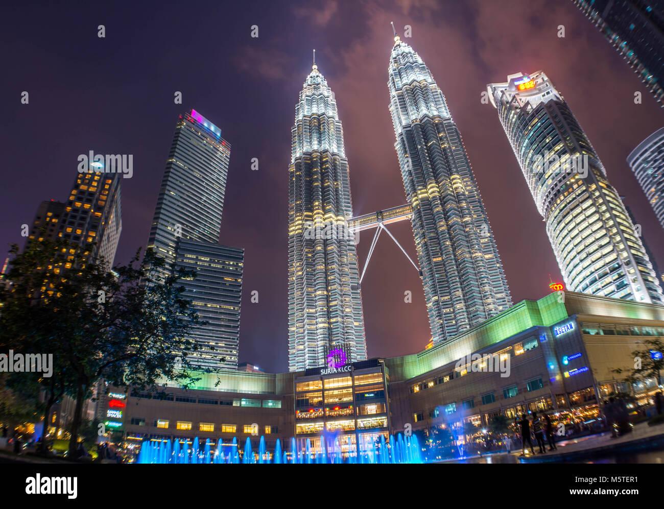 Kuala Lumpur - Petronas Towers KLCC Park - Malaysia - Stock Image