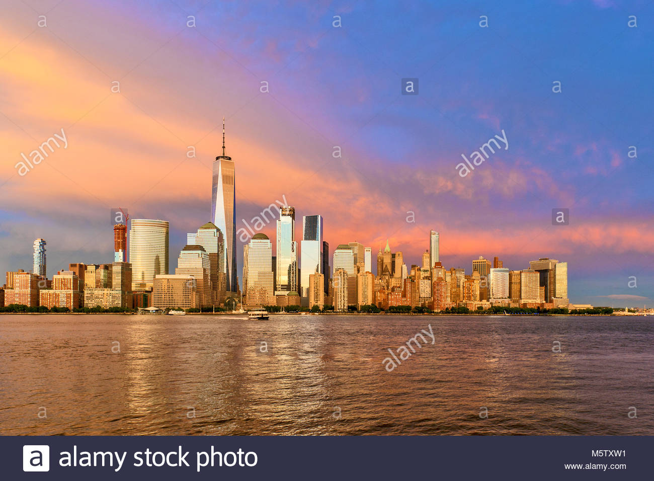 New York Skyline One World Trade Center WTC Freedom Tower - Stock Image