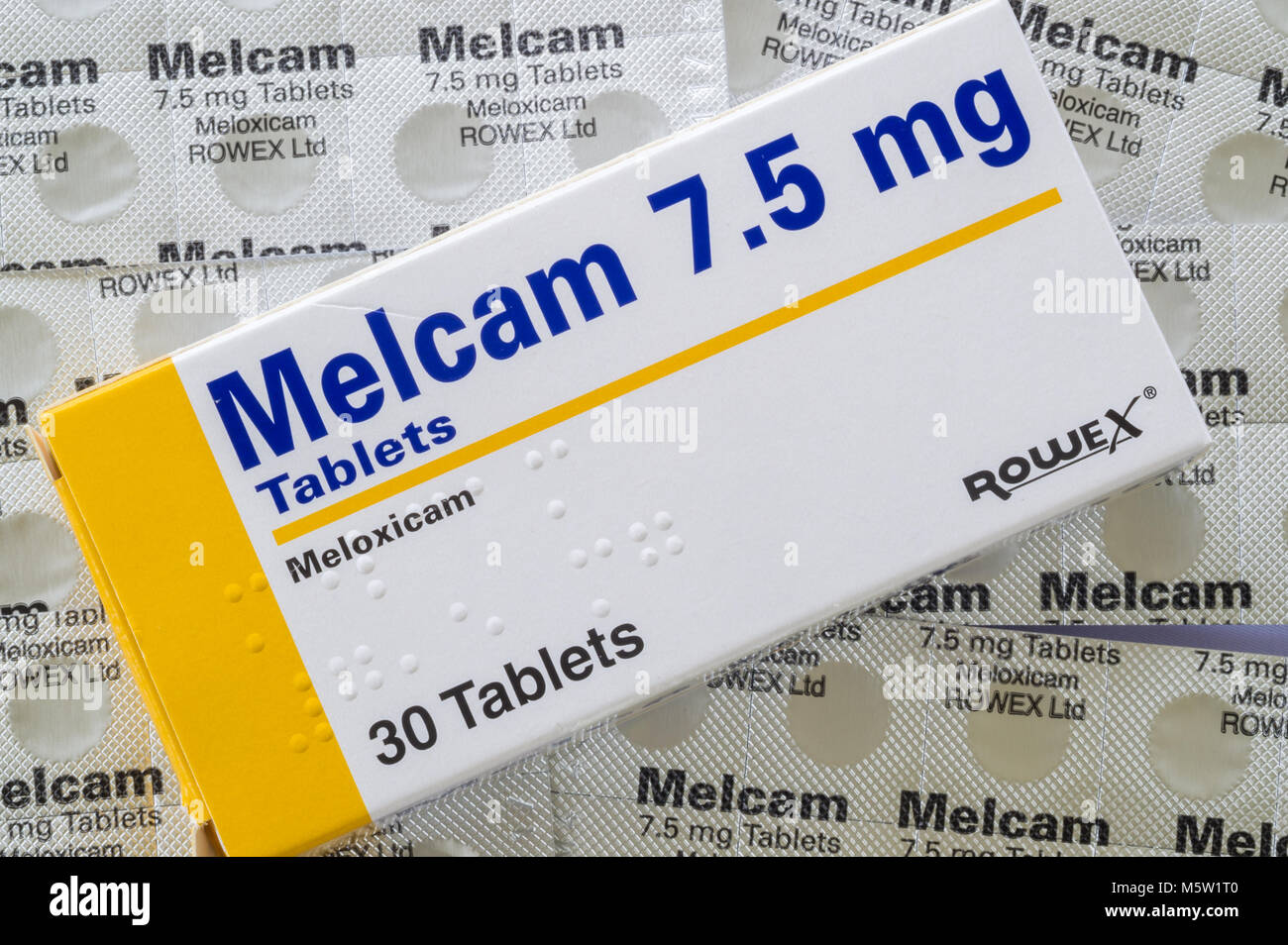 Melcam/Meloxicam 7.5mg anti-inflammatory tablets box and blister packs from above. - Stock Image
