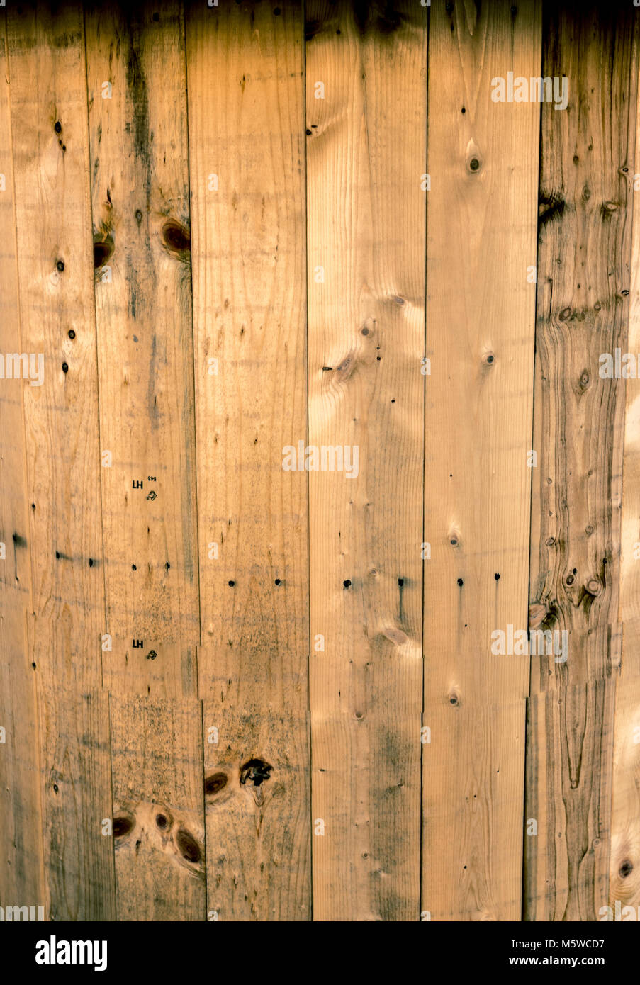 Wooden wire spool spindle core close up background Stock Photo ...
