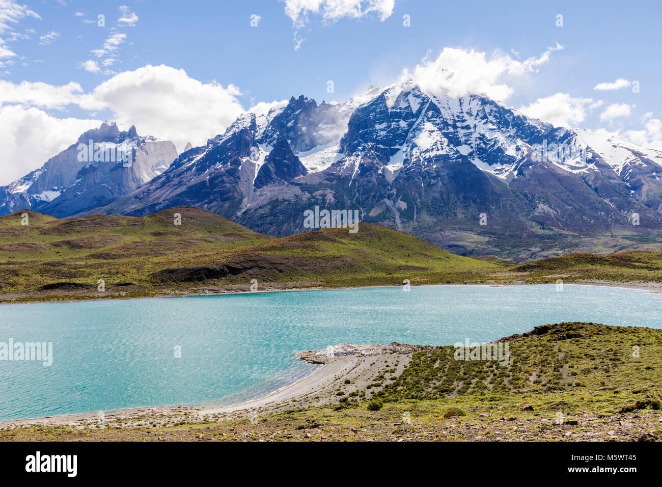Lago Nordenskjold; Mte. Almirante Nieto; 2640 meters; Torres del Paine National Park; Chile - Stock Image