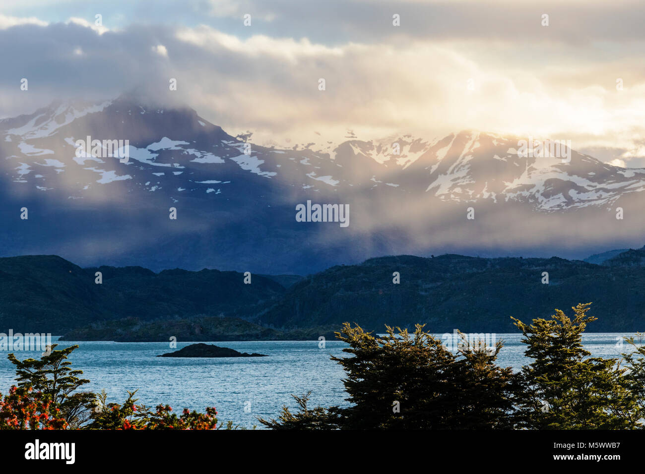 Lago Nordenskjold; Cordillera Paine beyond; view from Refugio Cuernos; Torres del Paine National Park; Chile - Stock Image
