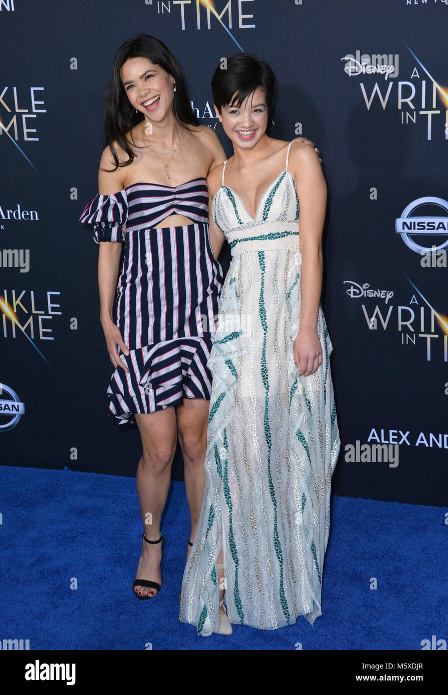 Los Angeles, USA. 26th Feb, 2018. Lilan Bowden & Peyton Elizabeth Lee at the premiere for 'A Wrinkle in - Stock Image