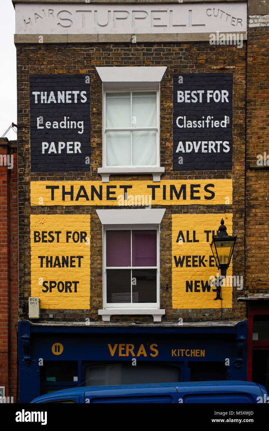 Building with painted on advertising for the Thanet Times in Margare - Stock Image