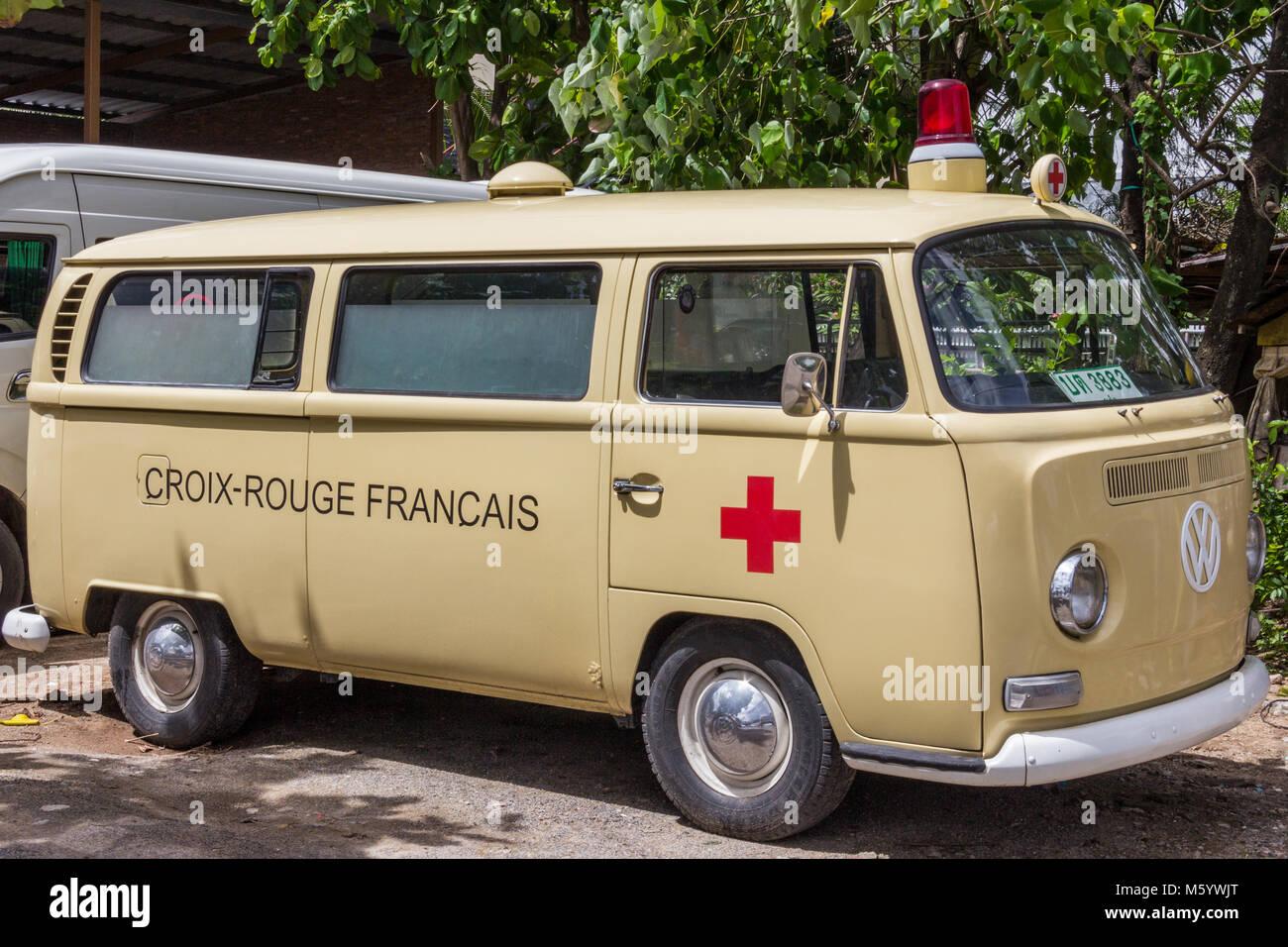 Ambulance Red Cross Stock Photos & Ambulance Red Cross Stock