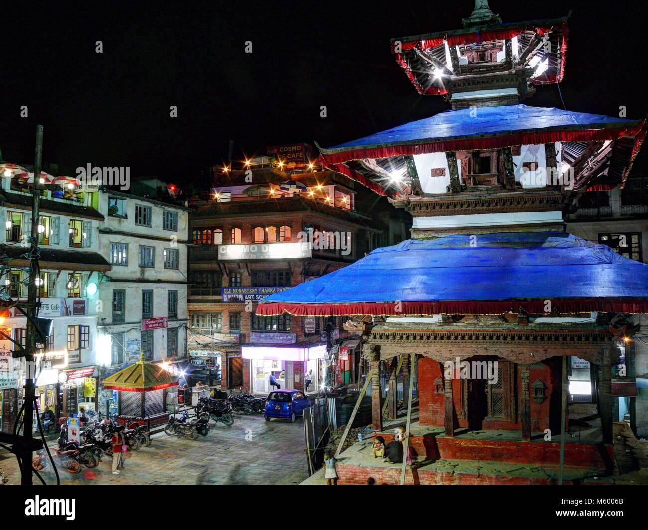 Durbar Square in Kathmandu, Nepal, october 4, 2013: Rush on the Kathmandu's Durbar Square at night - Stock Image