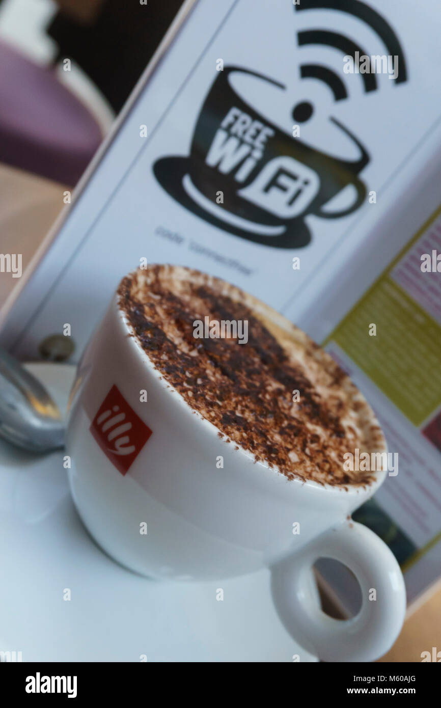 Illy Coffee Shop High Resolution Stock Photography And Images Alamy