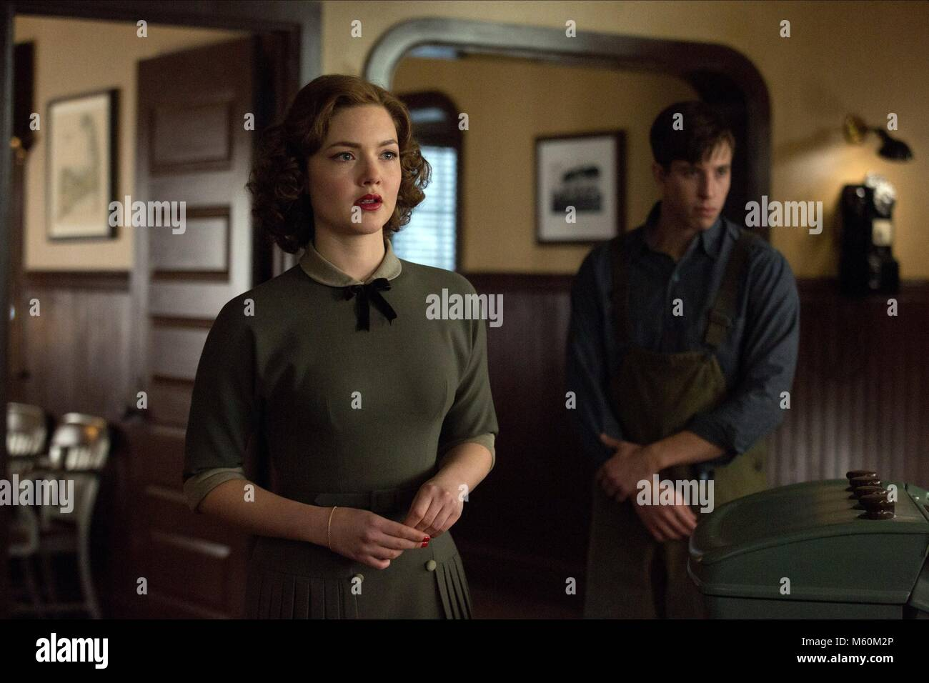 HOLLIDAY GRAINGER THE FINEST HOURS (2016) - Stock Image