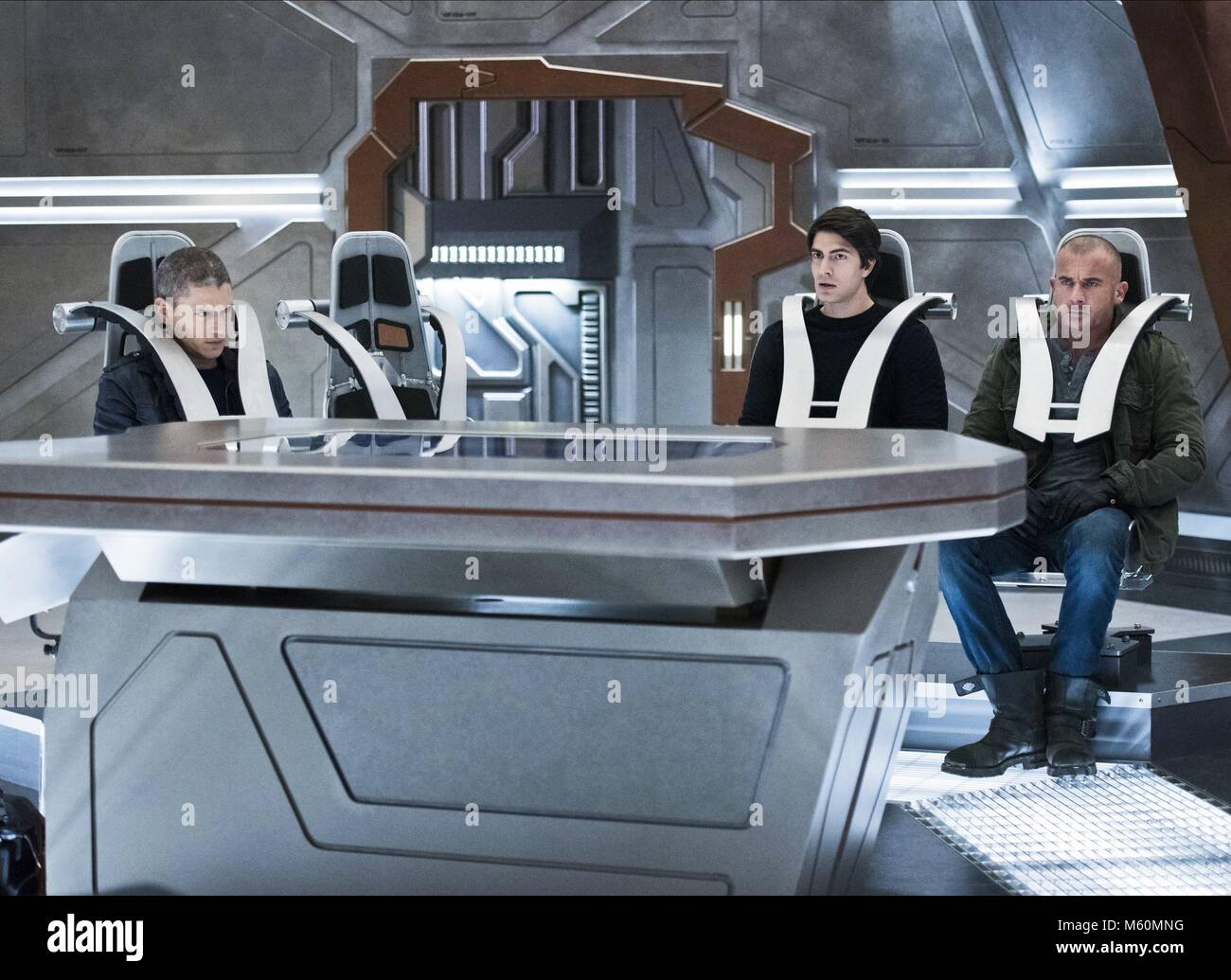 WENTWORTH MILLER BRANDON ROUTH & DOMINIC PURCELL LEGENDS OF TOMORROW (2016) - Stock Image