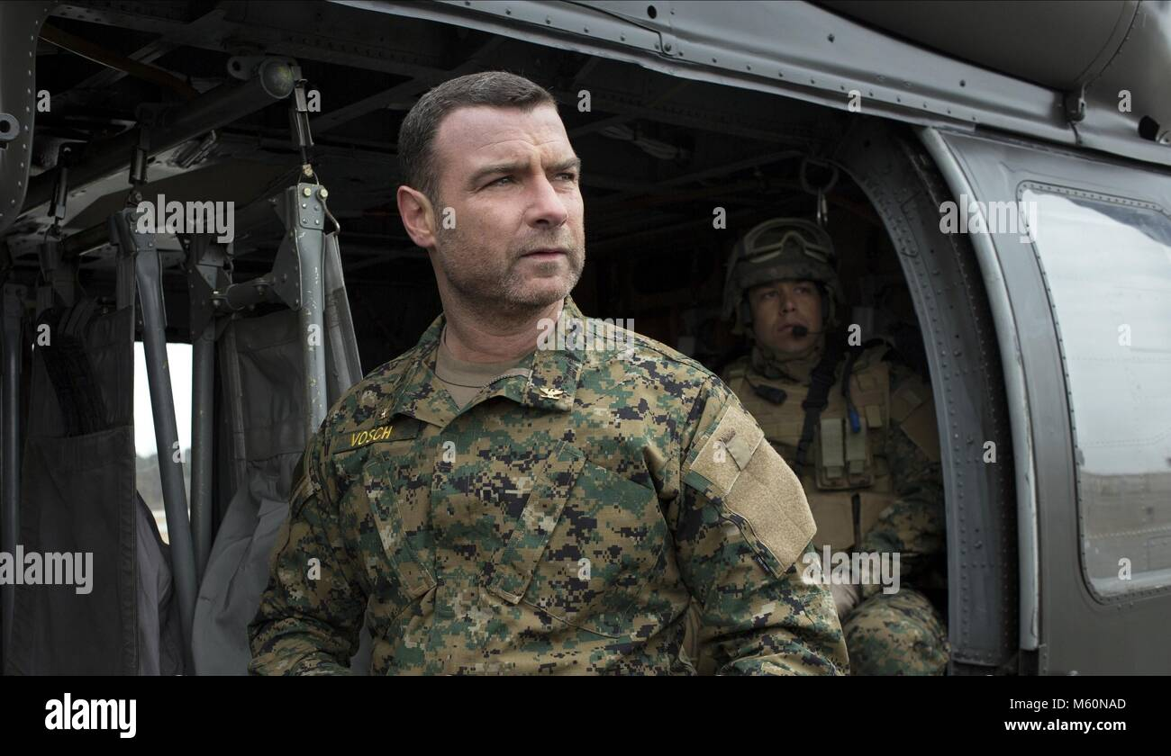 LIEV SCHREIBER THE 5TH WAVE (2016) - Stock Image