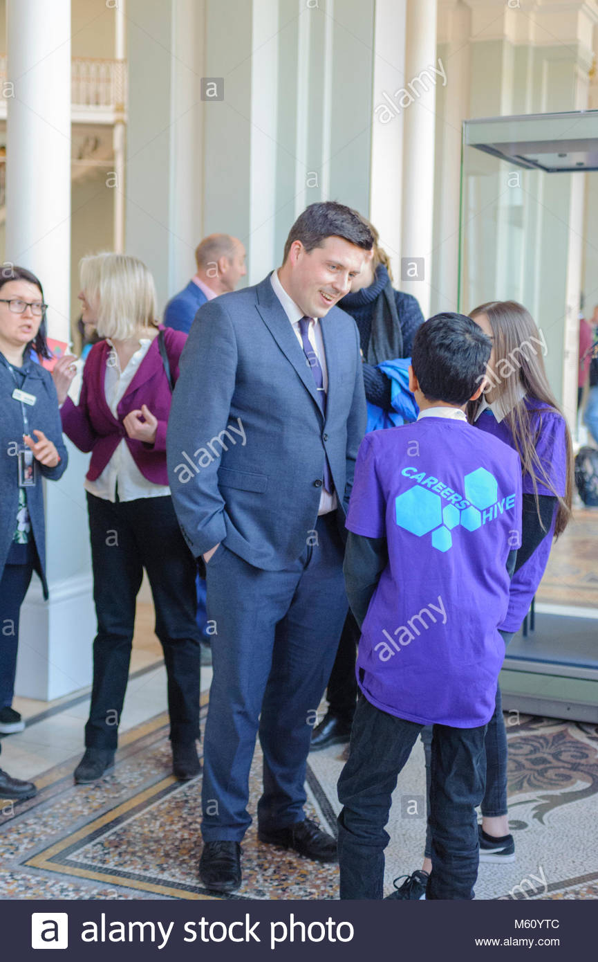 Edinburgh, UK. 27th February, 2018.   Minister for Employability and Training Jamie Hepburn chats with students - Stock Image