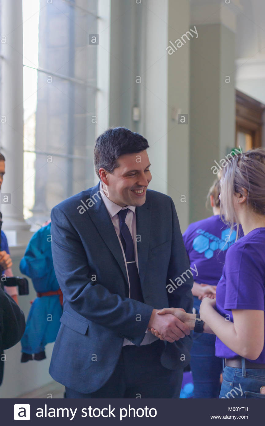 Edinburgh, UK. 27th February, 2018.  Minister for Employability and Training Jamie Hepburn meets students and STEM - Stock Image