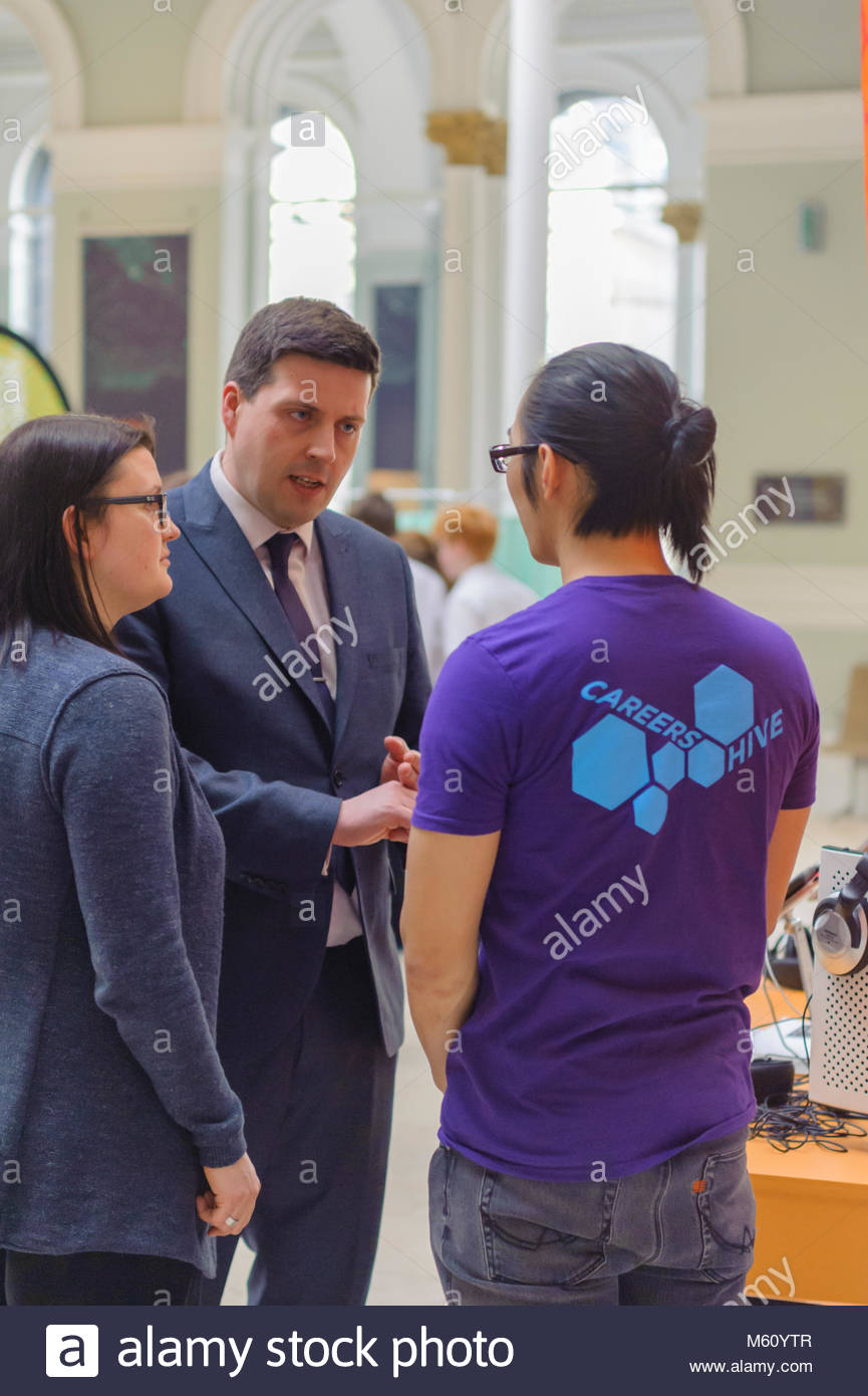 Edinburgh, UK. 27th February, 2018.   Minister for Employability and Training Jamie Hepburn meets students and STEM - Stock Image