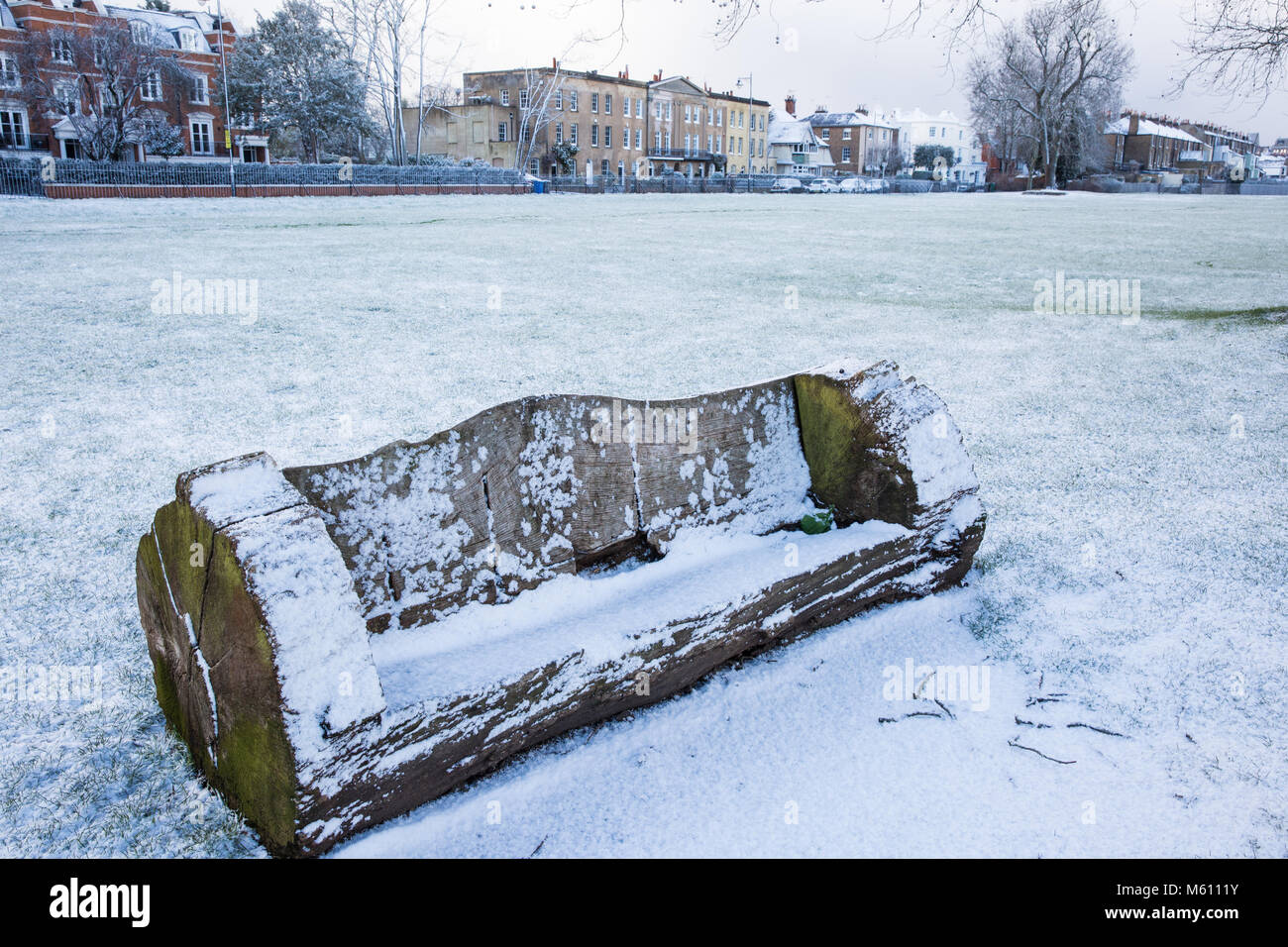 Windsor, UK. 27th February, 2018. A late afternoon snowfall in Windsor Great Park. Credit: Mark Kerrison/Alamy Live Stock Photo