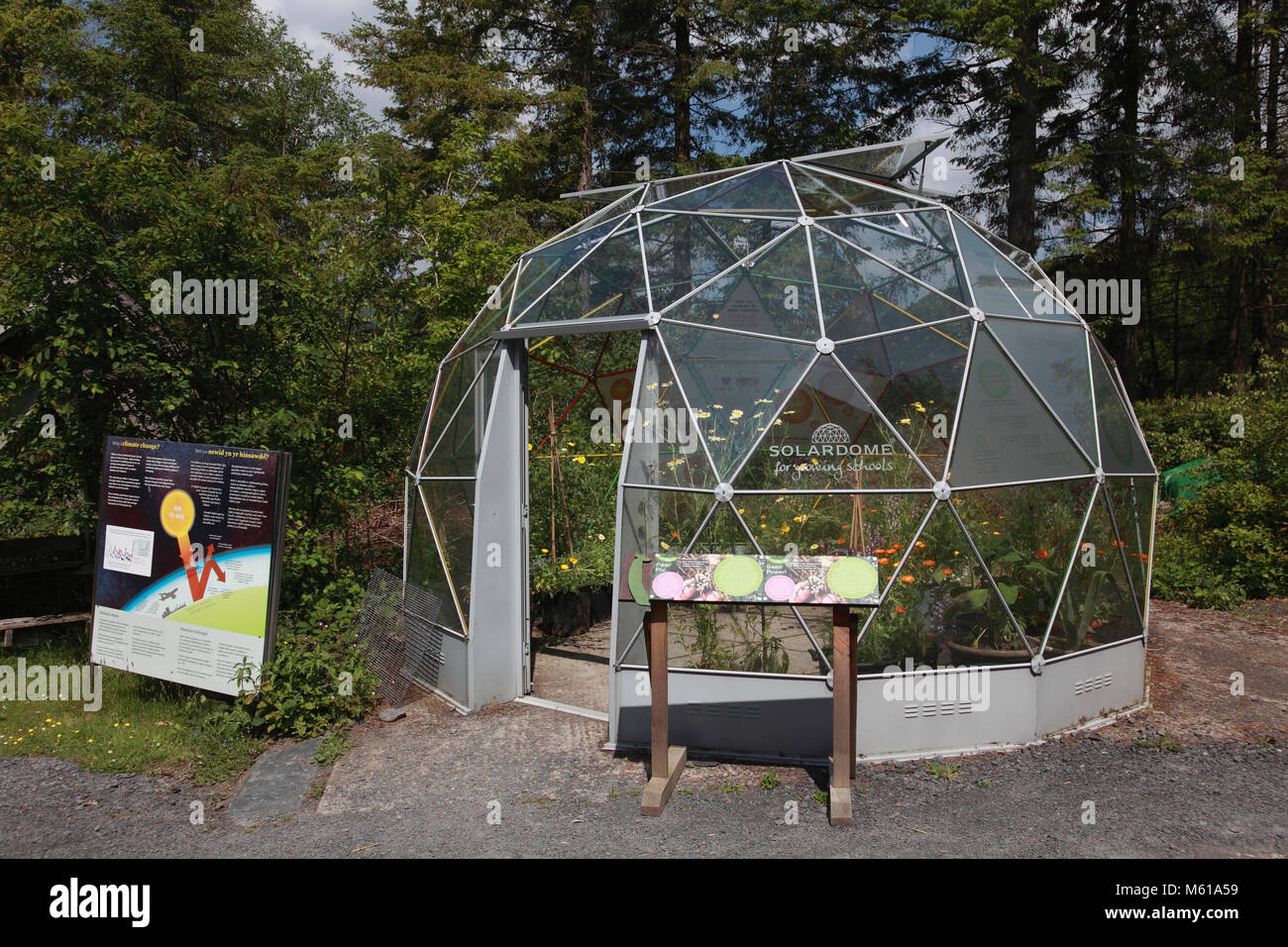 The geodesic dome solar dome at the Centre for Alternative Technology, Machynlleth - Stock Image