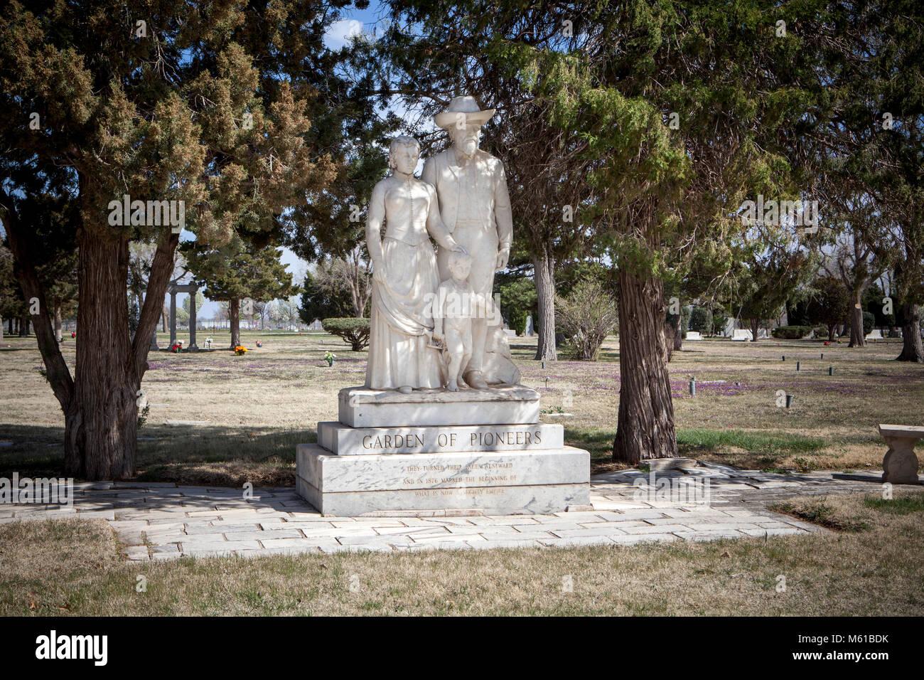Garden of Pioneers, Llano cemetery, Amarillo, Texas. - Stock Image