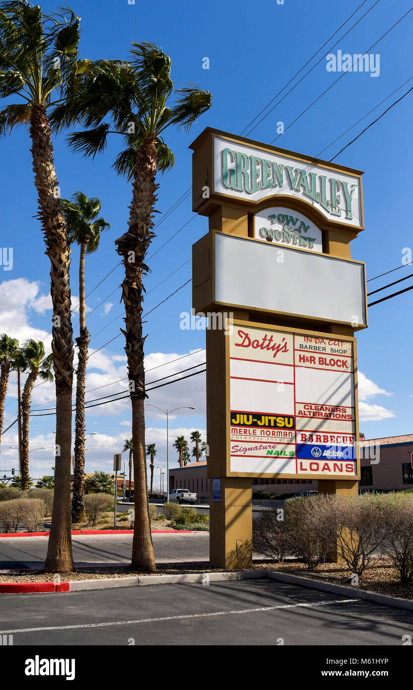 Henderson Nevada strip mall. - Stock Image